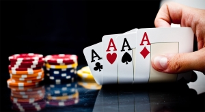 hand showing 4 aces